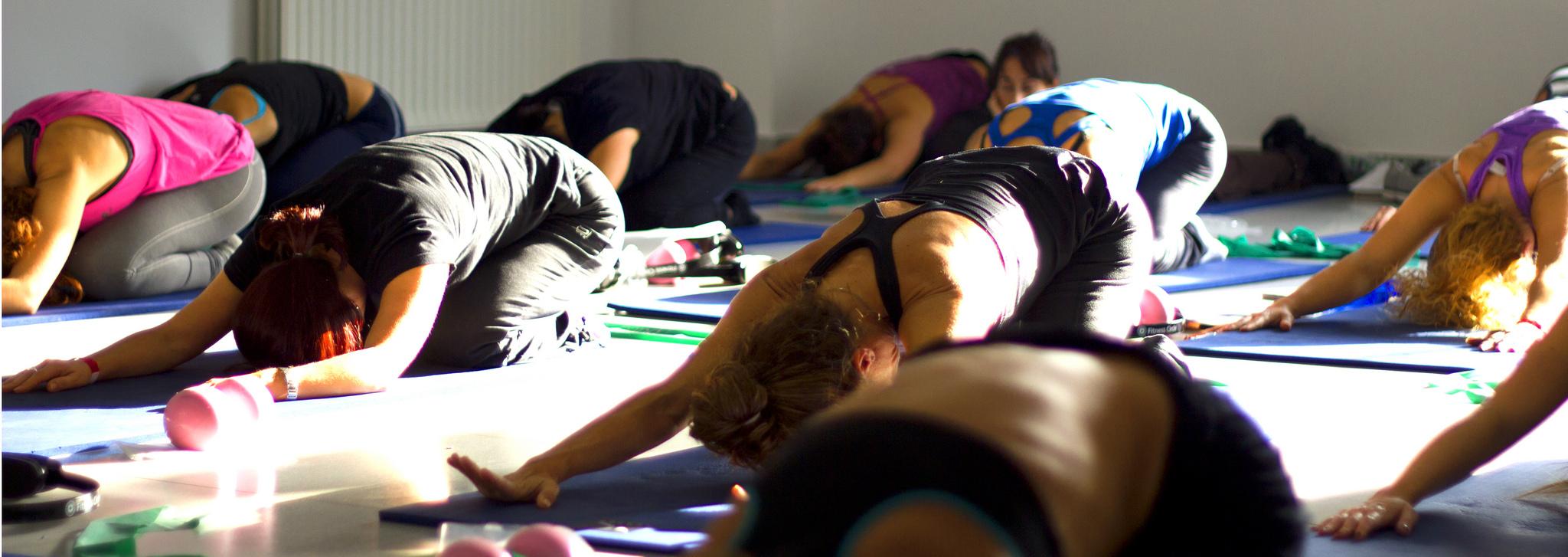 Doako ikastaroak irailean: Indoor-zikloa, esekidurazko entrenamendua eta pilates zoruan