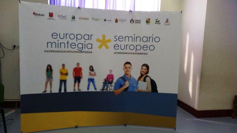 Arrigorriagan  Erasmus+  egitasmoko  hitzaldian  parte  hartu  dute  Harrobiako  kideek